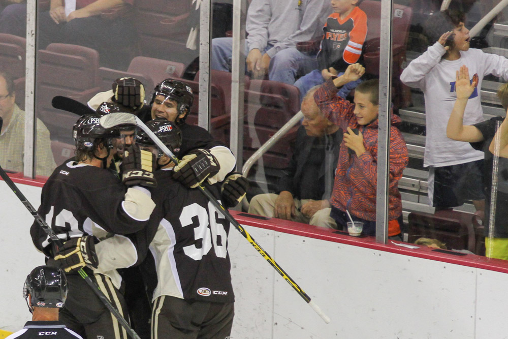 HERSHEY BEARS vs LEHIGH VALLEY PHANTOMS 2014-9