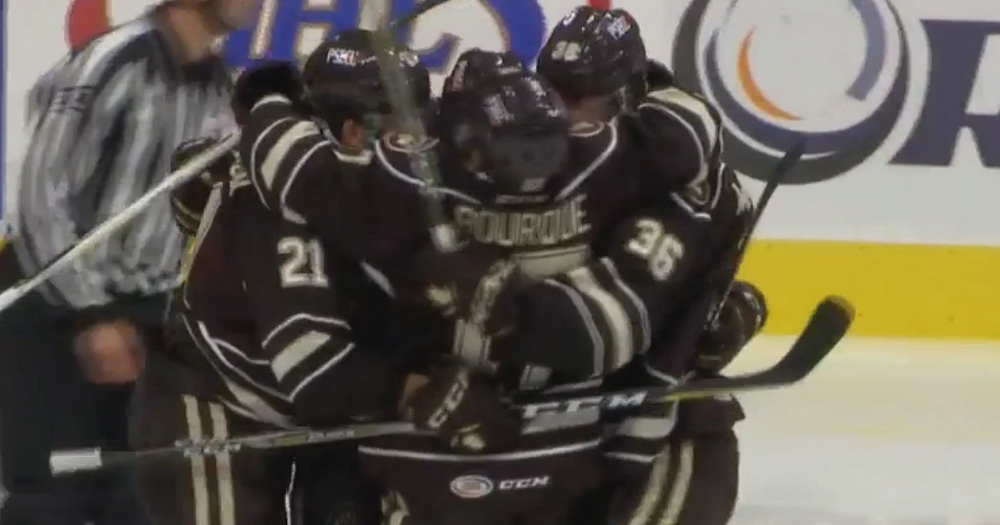 VIDEO: Hershey picks up first win of the 2017-18 season in Grand Rapids