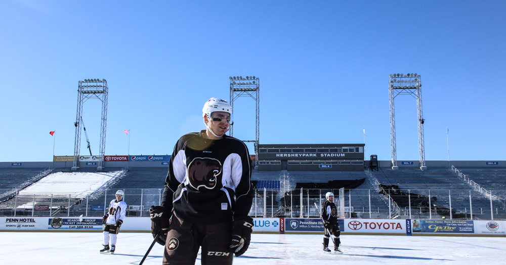 Hershey Bears take part in first outdoor practice (Photos)