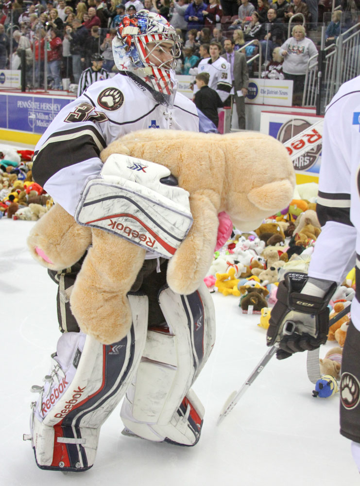 Photos Hershey Bears Fans Set New Record With 17 295